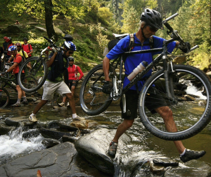 Mountain-Biking-in-Himachal11